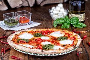 Caprese Aroma Pizza